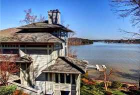 Pinnacle Shores Homes in Mooresville