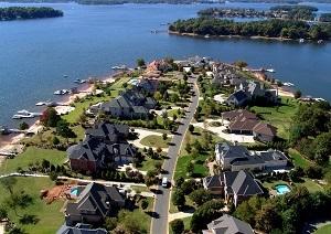 Lake-Norman-Waterfront-Homes